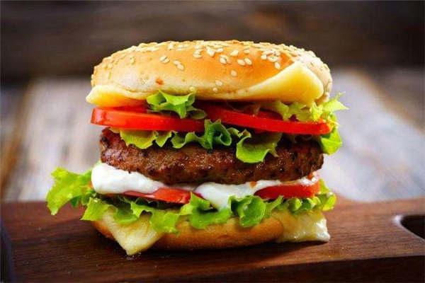 比克利汉堡店加盟费多少