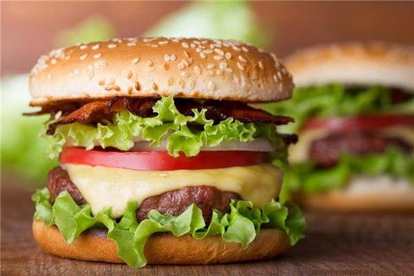 加盟比克利汉堡店怎么样