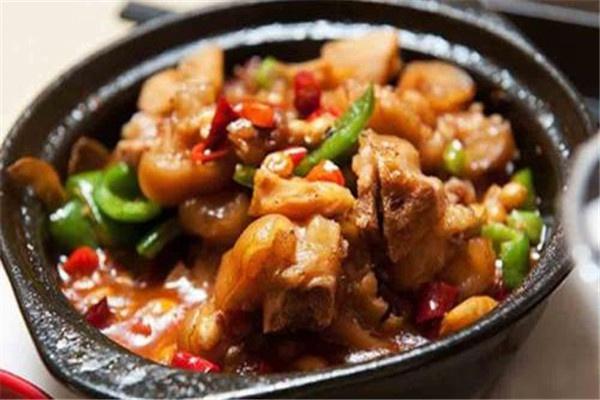食必思黄焖鸡米饭加盟费多少钱