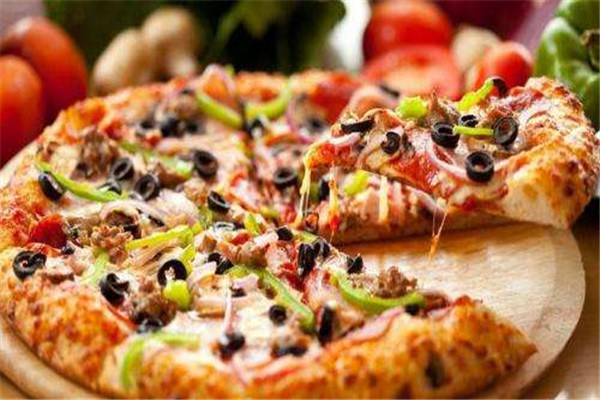 慕玛披萨加盟优势介绍