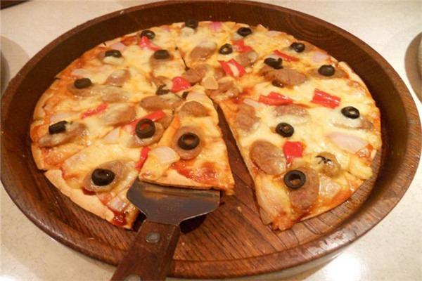 菲滋披萨加盟费大概多少